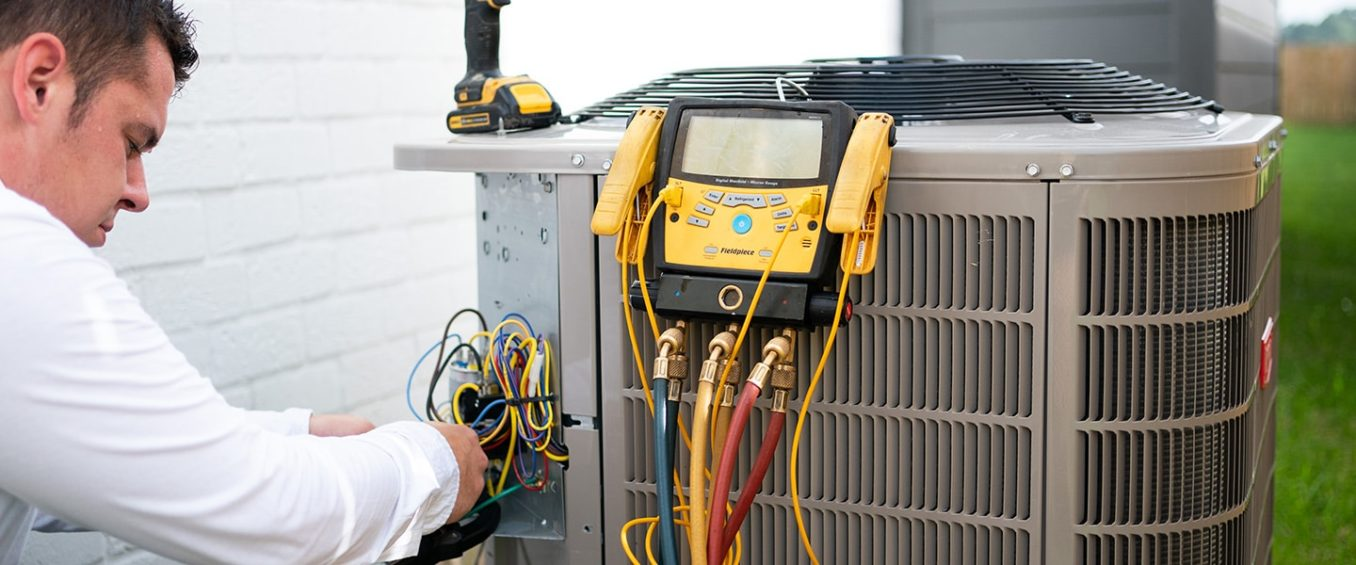 It's a hot summer day as our tech, called out for AC repair, thoroughly looks into the system's performance and current refrigerant levels.